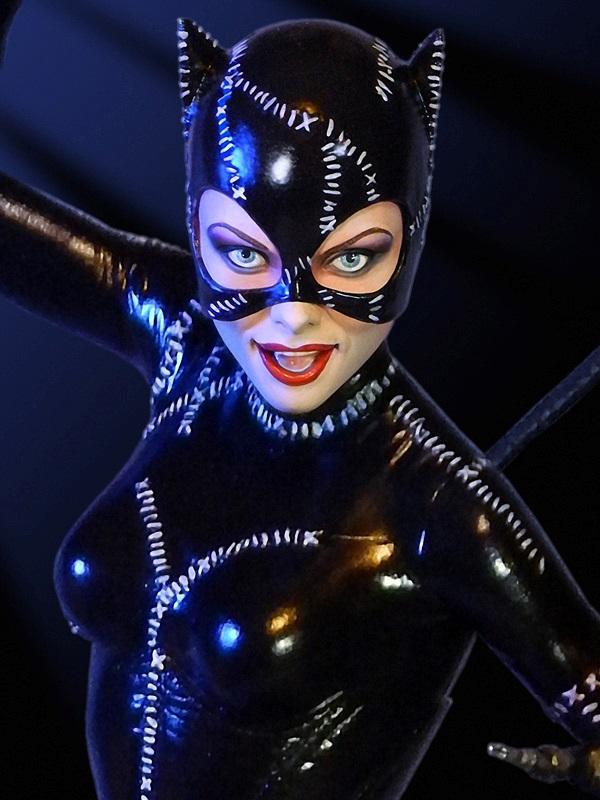 tweeterhead batman returns catwoman maquette